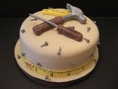 Roundup: Birthday Cakes for the Handyman or Woman » Curbly | DIY Design Community
