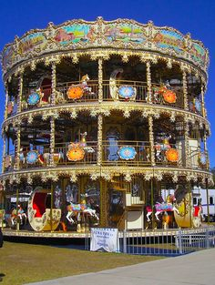 The tallest carrousel in the world is in Buenos Aires. Argentina