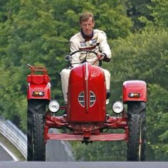 Walter Röhrl taking a peak flat out in his Porsche…