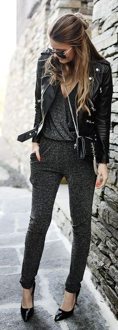 Women Clothing Combine leather jacket: With these styling tips, you'll just see . Women ClothingSource : Lederjacke kombinieren: Mit diesen Styling-Tipps seht ihr im Herbst einfach… by inperfectpurple Mode Outfits, Chic Outfits, Fall Outfits, Fashion Outfits, Womens Fashion, Summer Outfits, Black Outfits, Grunge Outfits, Look Fashion