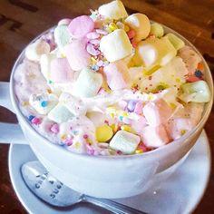 I need this in my life!! #unicornhotchocolate #sweetdreamsaremadeofthese #cremeandsugaroc @cremeandsugaroc