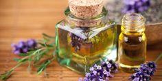 Balsam für die Seele: Lavendel Für den Tee 2 TL frische Blüten pro Tasse Wasser, fünf Minuten ziehen lassen, abseihen. Vor dem Essen getrunken, regt er die Verdauung an, lindert Blähungen und Krämpfe. Am Abend wirkt der Tee als Einschlaftrunk.