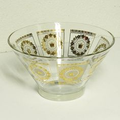 Vintage glass bowl  chip bowl  punch bowl  serving by moxiethrift, $17.50