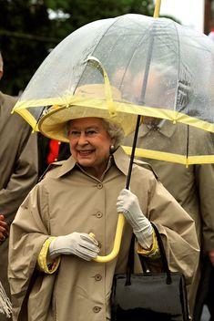 Queen Elizabeth II Photos Photos - Queen Elizabeth II Visits Canada - Day 1 - Zimbio