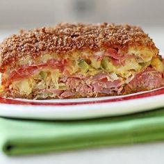 Loaded Reuben Casserole - Yep, your favorite deli sandwich is now a casserole! Get the simple recipe here and prepare to be amazed!