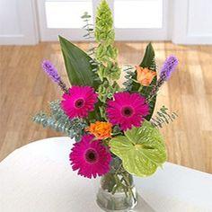 Send Bosses Day Flowers Online
