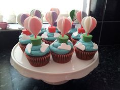 Hot Air Balloon Cupcakes on Cake Central Balloon Cupcakes, Hot Air Balloon Cookies, Dress Cupcakes, Mini Cakes, Cupcake Cakes, Balloon Birthday Themes, First Birthday Cupcakes, Cakepops, Fondant Toppers