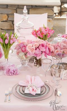 24 Ideas For Wedding Reception Decorations Pink Table Settings Wedding Reception Decorations, Wedding Table, Wedding Shoot, Pink Table Settings, Place Settings, Sweet 15, Deco Table, Decoration Table, Pink Table Decorations