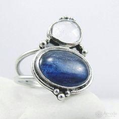 www.polandhandmade.pl --- Big, boho ring with kyanite and crystal quartz. Handmade by Amade Studio. --- #polandhandmade #amadestudio #silverjewelry #bohostyle #bohojewelry #bigring #handmadejewelry #silvercraft