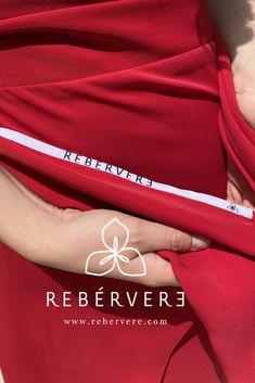 Falda roja midi Rebérvere, cosida a mano en Madrid. Confeccionamos a medida desde nuestro Showroom en Madrid #rebervere #reberverizate #style #slowfashion #fashion #fashionlover #womanfashion #invitadaperfecta #invitadaideal #invitadaconestilo #marcaespaña Multi Way Dress, Madrid, Dresses, New Fashion Trends, Sewing By Hand, Feminine Fashion, Skirts, Women, Hipster Stuff