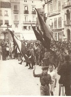 La Batalla por Madrid -Nov.1936 -Jul.1937 | Mundo Historia Desfile de los vencedores en Málaga, el 8 de febrero de 1937.