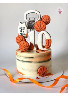 Cake Basketball, Volleyball Cakes, Basketball Birthday Parties, Pretty Cakes, Cute Cakes, Beautiful Cakes, Amazing Cakes, Sports Themed Cakes, Sport Cakes