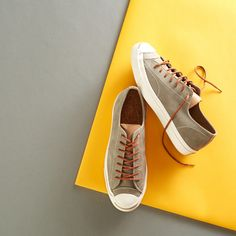 Stylish men's kicks at up to 70% off. Sponsored by Nordstrom Rack.