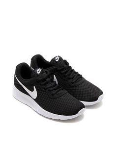 NIKE Women Casual Shoes Tanjun 812655-011 Black and White