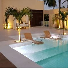 55 swimming pool design ideas for your dream home 13 Swimming Pool Landscaping, Luxury Swimming Pools, Small Backyard Pools, Backyard Pool Designs, Small Pools, Dream Pools, Swimming Pool Designs, Luxury Pools, Pool Decks