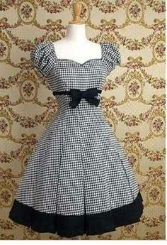 I have been considering using some houndstooth fabric for a similar dress, looks good so will go ahead. Mary Magdalene / One Piece / Cordelia Puff Sleeved OP Pretty Outfits, Pretty Dresses, Beautiful Dresses, Cute Outfits, Vintage Dresses, Vintage Outfits, Vintage Fashion, Moda Lolita, Dress Skirt