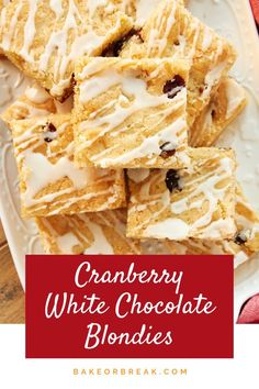 Cranberry White Chocolate Blondies are a quick and easy treat with fantastic flavor! - Bake or Break Cranberry White Chocolate Blondies are a quick and easy treat with fantastic flavor! - Bake or Break Quick Cookies, Yummy Cookies, Bar Cookies, Cookie Recipes, Dessert Recipes, Bar Recipes, Cookie Ideas, Brownie Recipes, Dessert Bars