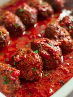 Soutzoukakia are meatballs baked in a rich, Eastern-spiced tomato sauce. Here's how to make moist and soft meatballs along with a rich and thick sauce on top! Tomato Sauce For Meatballs, Meatball Sauce, Tomato Sauce Recipe, Turkish Meatballs, Greek Meatballs, Turkish Recipes, Ethnic Recipes, Italian Recipes, Greek Burger