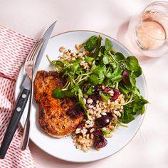 Pork Chops with Cherry, Watercress & Farro Salad Entree Recipes, Pork Recipes, Salad Recipes, Dinner Recipes, Healthy Recipes, Dinner Ideas, Greek Quinoa Salad, Farro Salad, Lentil Salad