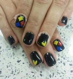 Steelers nail design