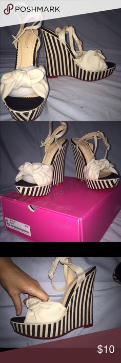 """""""BETHYLIN"""" Shoe Dazzle Wedges (NWT!) brand new, never been worn before cream and black striped wedges. small mark (it looks like glue?) on one of the shoes, but it is just a factory error. only taken out of box for these pictures - gorgeous shoes that are sure to complete any look! selling for $10/OBO Shoe Dazzle Shoes Wedges"""