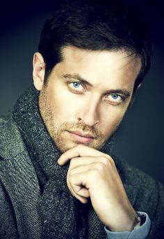 Кирилл Сафонов [Kirill Safonov] - российский актёр, певец, поэт, композитор Превосходное тело, блестательный ум и невероятная сексуальность!