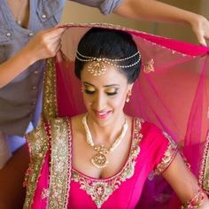 Pink simple bride with beautiful pearl accessories