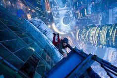 13 fotógrafos de vértigo   Rooftoppers y Skywalkers Mustand Wanted