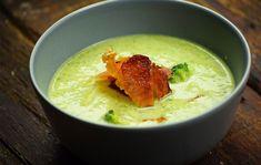 8 nagyon könnyű és olcsó leves, ami akár fél óra alatt elkészül | Nosalty Bacon Chips, Cream Of Broccoli Soup, Goulash, What To Cook, Menu Planning, Guacamole, Hummus, Thai Red Curry, Stew