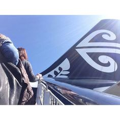 Air New Zealand Airbus A320-232 taking on passengers at Christchurch-International, November 2015. (Photo via Instagram: @aromaungaflowersltd)