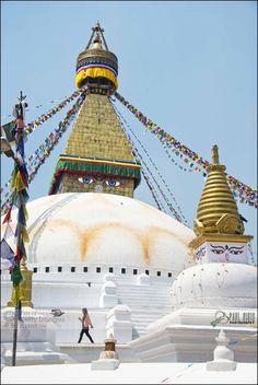 https://flic.kr/p/naWHdt | Boudhanath Temple | One of the holiest Buddhist sites in Kathmandu | Kathmandu - Nepal