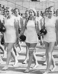 German Gurls for Hitler club
