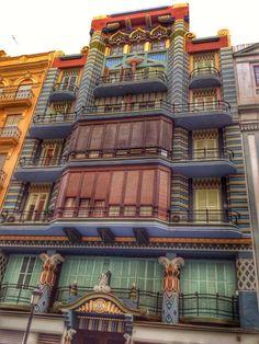 En el numero 20 de la Calle Castellón. La Casa Judia.