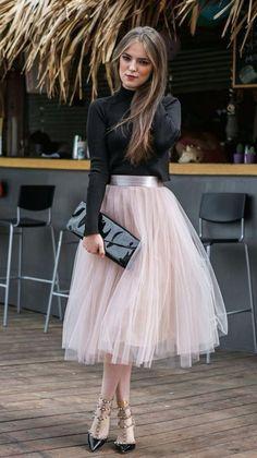 Feminine Looks Black Tulle Skirt Outfit Ideas 21 Black Tulle Skirt Outfit, Tulle Mini Skirt, Dress Skirt, Tulle Skirts, Tutu Skirt Women, Adult Tulle Skirt, Floral Dress Outfits, Tiered Skirts, Midi Skirt