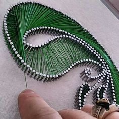 Points, lines in a hand made design Adult Crafts, Crafts To Do, Arts And Crafts, Contemporary Art Forms, Nail String Art, Art N Craft, Craft Shop, Yarn Projects, Islamic Calligraphy