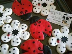 #mycookiecreations 3doz. Entregadas ayer. Clienta super satisfecha. #ladybugs #ladybugscookies #cookies ❤☺
