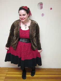 plus size outfit red star dress and leopard cardigan