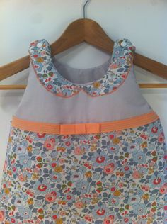 Sewing Projects For Baby Girl Sleeping Bags 40 Ideas For 2019 Sewing Aprons, Sewing Clothes, Diy Clothes, Girl Sleeping, Sleeping Bags, Crossover, Tankini, Baby Couture, Diy Dress