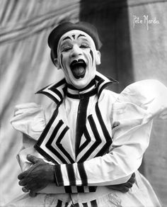 Clowns (Pete Mardo)