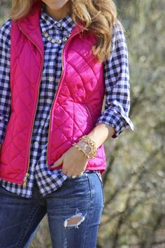 I LOVE the combination of navy and fuschia! I want this vest!