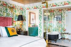 The storied building in Los Angeles's Whitley Heights receives A-list treatment that looks to the past.  #hollywoodregency #boutiquehohtels #martynlawrencebullard #regencystyle #glamorousdesign
