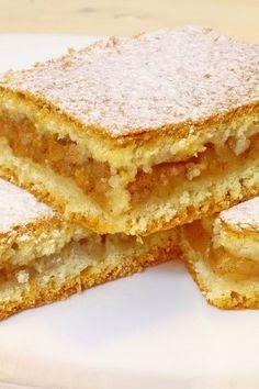 Pufoasa Si Aromata , Totdeauna Ideala Pentru Un Desert Delicios Si Sanatos. French Desserts, No Cook Desserts, Delicious Desserts, Dessert Recipes, Romanian Desserts, Romanian Food, Bread Recipes, Cooking Recipes, Italian Cake