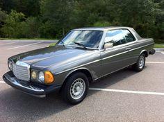 1985 Mercedes Benz 300CD. Love.