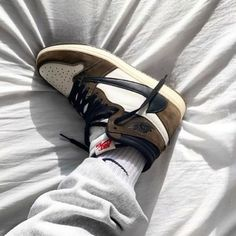 Nike Basketball, Nike Lebron, Jordan 11, Crazy Shoes, Me Too Shoes, Nike Sportswear, Travis Scott Shoes, Nike Air Max, Aesthetic Shoes