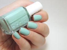 Essie Mint Candy Apple Swatch by Marine LP