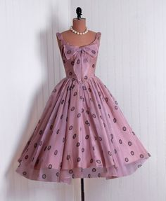 Dress    1950s    Timeless Vixen Vintage