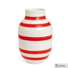 Omaggio vase Rød H: 30.5 cm ses hos Helberg design