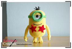 Minion Norbert - The Minions - Crochet Pattern - Amigurumi Minion Crochet Patterns, Minion Pattern, Amigurumi Patterns, Crochet Crafts, Crochet Yarn, Crochet Toys, Crochet Projects, Dishcloth Crochet, Minions
