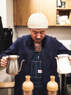 Brewing on a rainy day🌧 How do you brew your coffee on a day like this? Brewing Equipment, Days Like This, Kettles, Best Coffee, Barista, Kyoto, Men's Style, Mens Fashion, Lifestyle