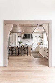 BECKI OWENS - Kitchen Colors, Kitchen Design, Kitchen Ideas, Kitchen Inspiration, Different Aesthetics, Best Sunscreens, All White Kitchen, Stylish Kitchen, Parade Of Homes